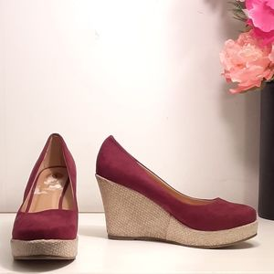 Luo Luo Wedge Platforms